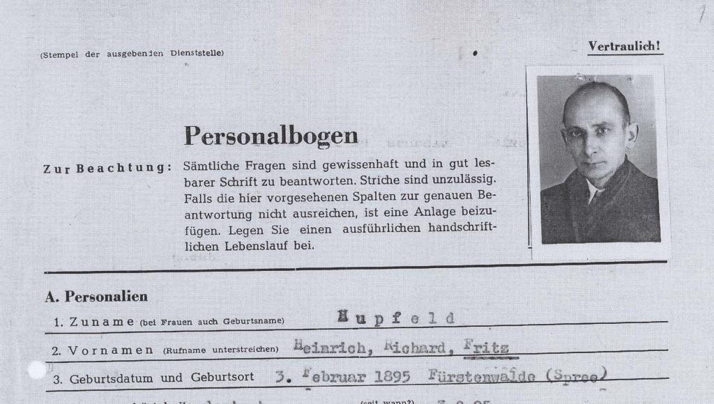 Auszug aus der Personalakte (Bestand Landeshauptarchiv Brandenburg Rep. 203, PA 472).
