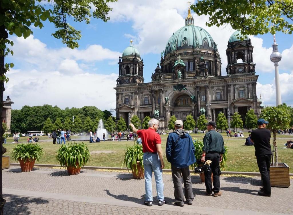 """Der """"Lustgarten"""": Ort jener KPD-Demonstration, bei der Reich am 1. Mai 1931 nicht nur als Ordner beteiligt war, sondern auch Elsa Lindenberg kennenlernte."""