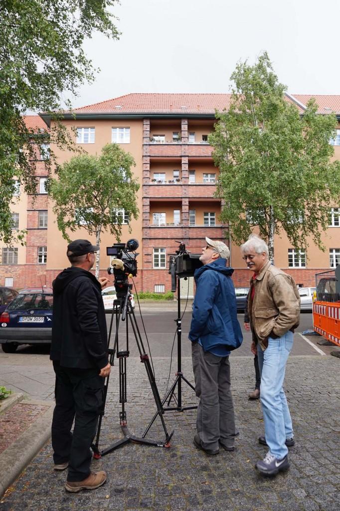 """Es kann jederzeit anfangen zu regnen ... Die Wohn- und Arbeitsstätte von Wilhelm und Annie Reich, """"Geburtshaus der Körperpsychotherapie"""" in der Schlangenbader Straße 87, Berlin-Wilmersdorf."""